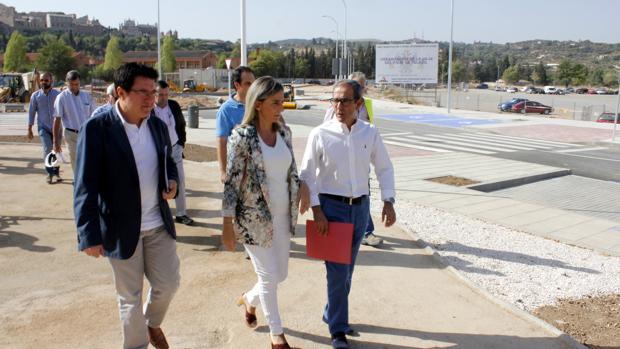 Milagros Tolón ha visitado las obras de la avenida de Amértica