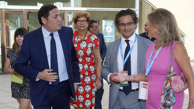 El Consejero inauguró el XXXIX Congreso de Bioquímica y Biología Molecular