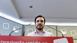 Garzón se muestra «partidario» del revocatorio en Venezuela y dice que «ojalá existiera en España»
