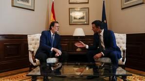 Sánchez llamará hoy a Rajoy, que le atenderá con «actitud de diálogo»