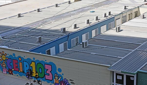 Imagen de los barracones del CEIP 103 de Valencia tomada este miércoles