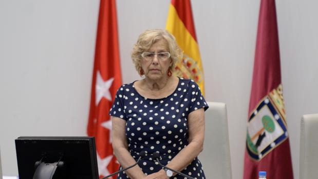 Carmena, en la sala de plenos del Ayuntamiento
