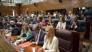 Cifuentes: «Madrid representa hoy la estabilidad frente a la incertidumbre del populismo»