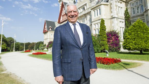 Mario Vargas Llosa cree que el PSOE tiene la responsabilidad de facilitar la formación de un gobierno