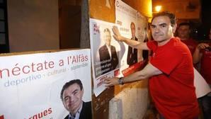 Una juez pide la imputación de un diputado del PSOE por pagar con dinero público el entierro del familiar de una edil
