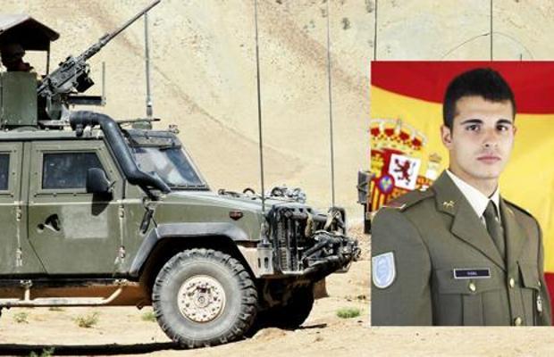 Sobre estas líneas el soldado Aarón Vidal López, fallecido cuando conducía un vehículo MLV (imagen)