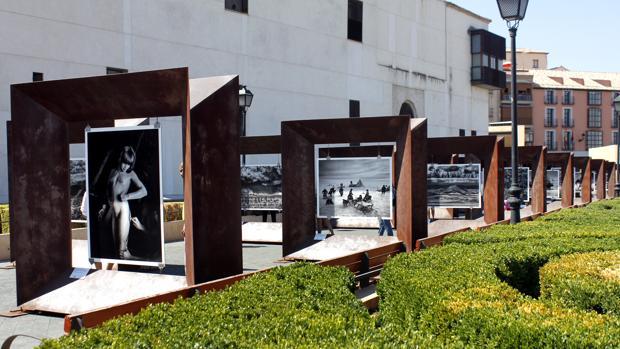 La exposición «Génesis» se encuentra en el paseo del Miradero de Toledo, es gratuita y está hasta el 1 de octubre