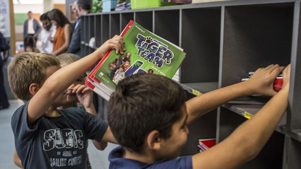 Intercambio de libros en un centro de Valencia