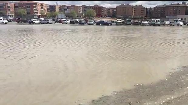 Imagen del estado lamentable en el que queda el aparcamiento de Santa Teresa cuando llueve