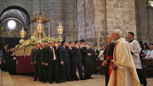 El arzobispo durante la Santa Misa y procesion de la Virgen de San Lorenzo