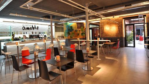 El Café de Amable, uno de los sitios donde podrás practicar tus «oral skills»