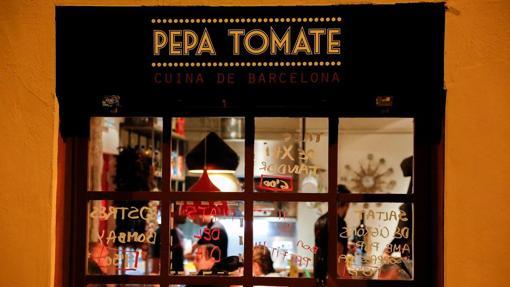 En el Pepa Tomate cada tarde se reúne un grupo para practicar idiomas