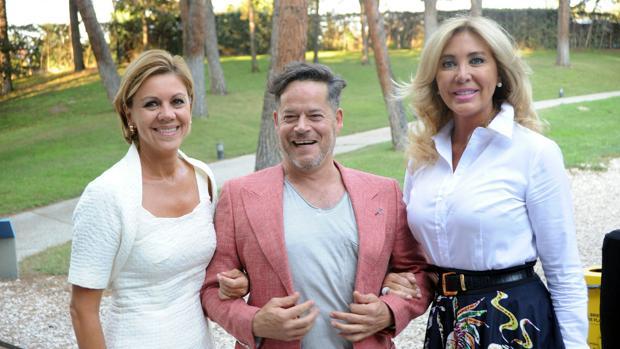 Cospedal junto a Jorge Sanz y Norma Duval