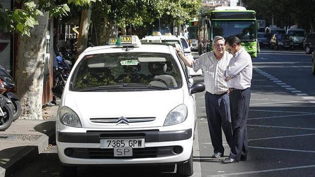 La ejemplar reacción de unos taxistas ante un episodio de machismo