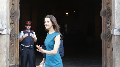 La líder de Ciudadanos en Cataluña, Inés Arrimadas, el día de su reunión con Puigdemont
