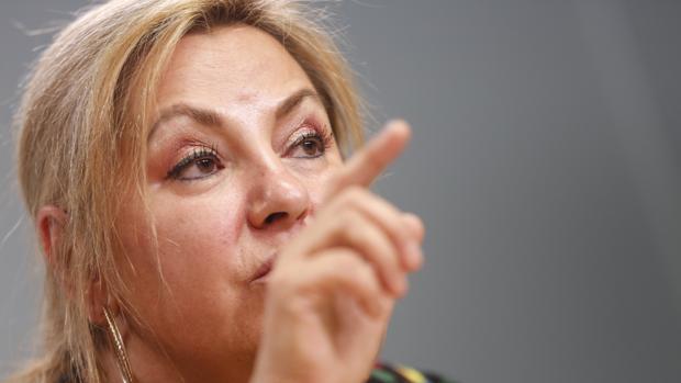 Rosa Valdeón, durante su comparecencia
