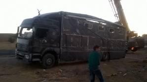Un herido grave y dos caballos de rejoneo muertos en un accidente tráfico en Lagartera