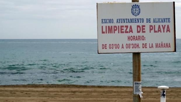 Playa de Urbanova, en Alicante