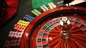 Dos estafadores se hacen con un botín de 20.000 euros al trucar la ruleta en un casino de Castellón
