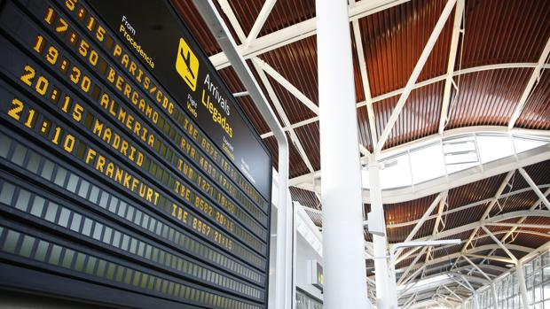 En ocho meses han pasado por el aeropuerto zaragozano 66.436 toneladas de mercancías