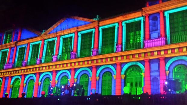 Iluminación de la fachada del ayuntamiento de Toledo durante «Luz Toledo