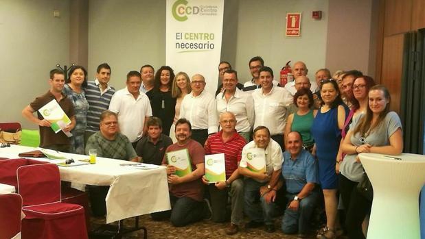 Ciudadanos de Centro Democrático (CCD) elige directiva y se acerca a partidos liberales valencianos