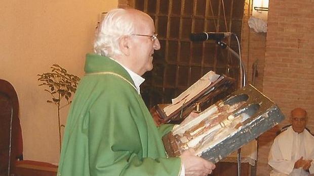 En su misa de despedida estuvo acompañado por 30 sacerdotes y el arzobispo Braulio Rodríguez