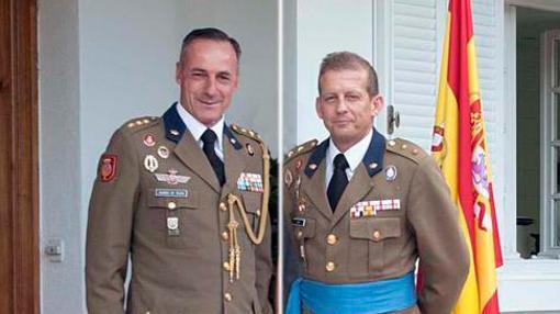 Álvarez de Toledo (izquierda) junto a su sucesor Diz Monje (derecha)