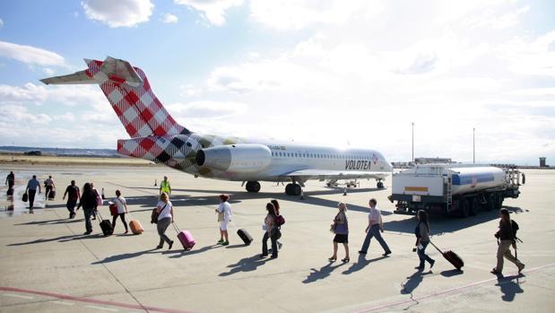En los ocho primeros meses del año han usado el aeropuerto de Zaragoza 291.000 pasajeros