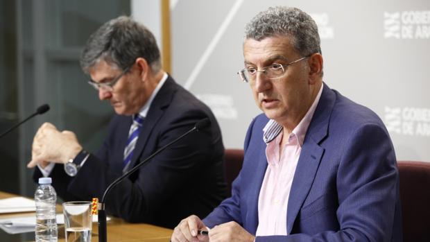 El consejero aragonés de Sanidad, Sebastián Celaya, presentó este martes el nuevo plan de obras