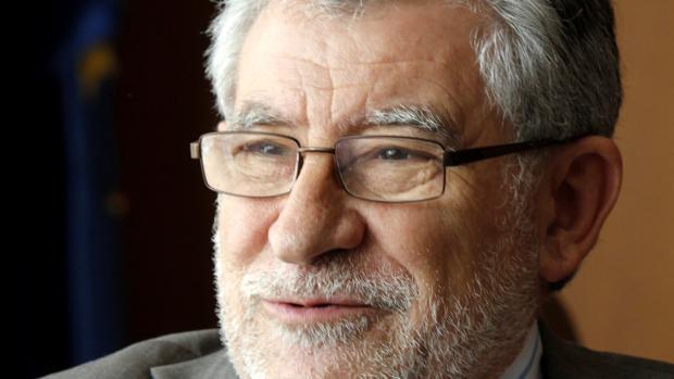 Ángel Felpeto