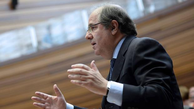 El presidente de la Junta, Juan Vicente Herrera