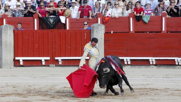 Así de relajado toreó Enrique Ponce en la corrida del Corpus de este año