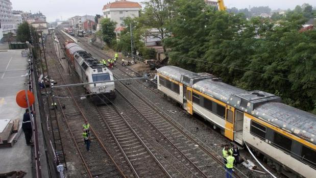 Vista del tren accidentado en O Porriño (Pontevedra)