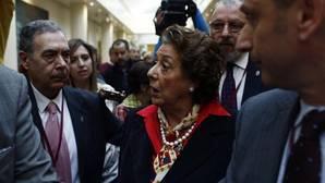 Rita Barberá deja el PP pero mantiene el acta de senadora