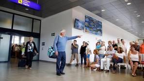 El aeropuerto de Castellón cumple un año con vuelos regulares y prevé duplicar su tráfico en 2017