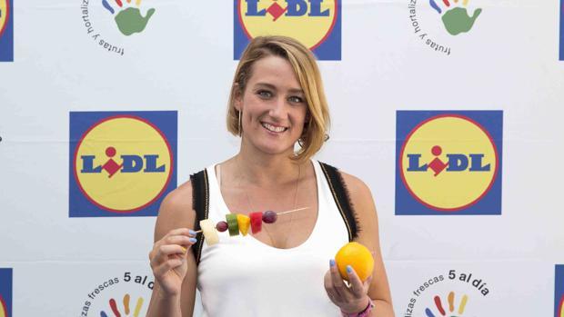 Mireia Belmonte aconseja fruta y ejercicio diario
