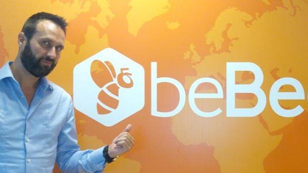 El CEO de Bebee, Javier Cámara, en la sede de la empresa, en Alcobendas
