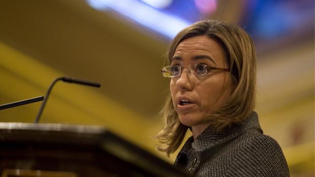 La exministra de Defensa Carme Chacón dando explicaciones en un pleno extraordinario en 2009