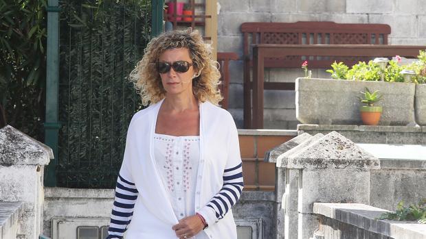 La madre de Diana y Valeria Quer, el pasado 27 de agosto, en A Pobra do Caramiñal
