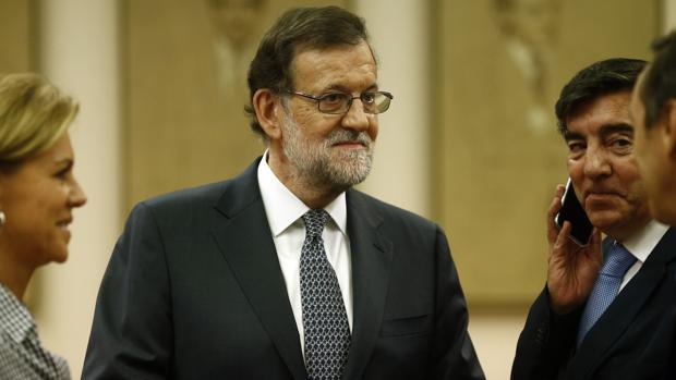 El presidente del Gobierno en funciones, Mariano Rajoy, antes de la última reunión con el Grupo Popular en el Congreso
