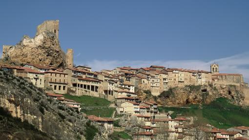 Castillo de Frías, entre Tobero y Montejo de San Miguel