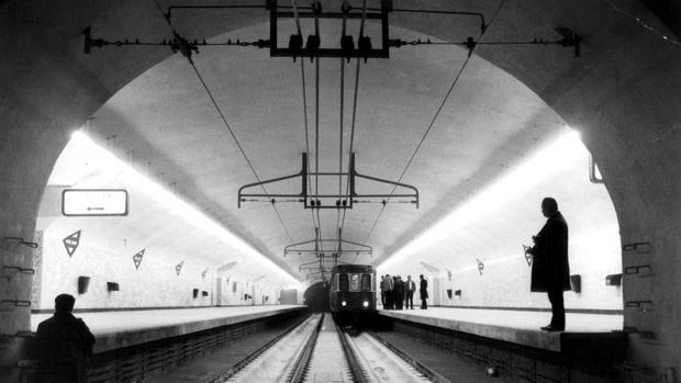 Imagen de archivo del Metro de Madrid desde el interior de un túnel