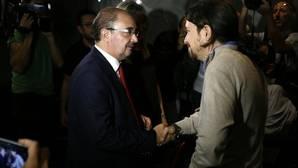 Lambán cuestiona también a Pedro Sánchez y aboga por debatir su liderazgo