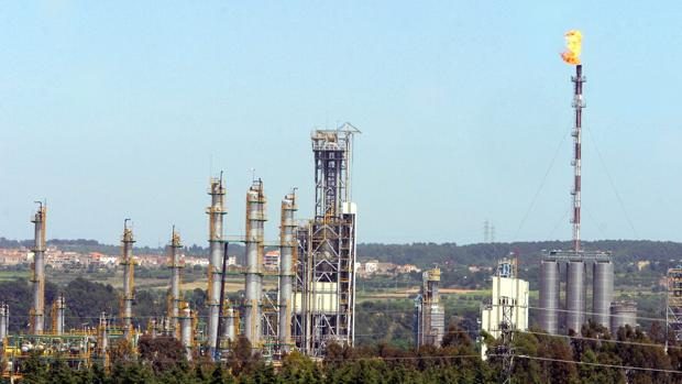 Tarragona alberga varias empresas petroquímicas