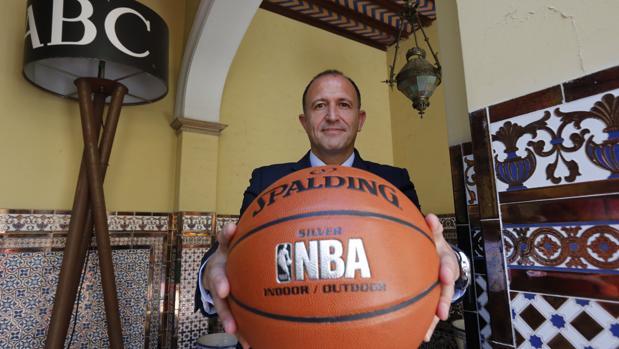 Jesús Bueno, vicepresidente de NBA en Europa y África, en una entrevista para ABC en junio