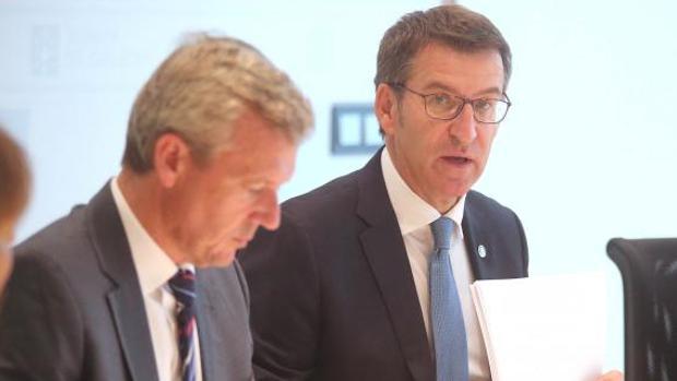 Alberto Núñez Feijóo y Alfonso Rueda, ayer en el Consello de la Xunta