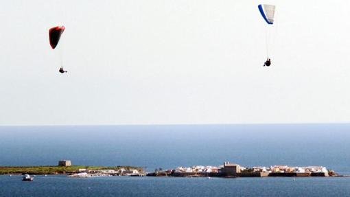 La isla de Tabarca, vista desde el continente