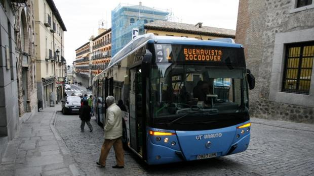 El Ayuntamiento ahorrará casi 20 millones de euros durante los próximos diez años con los autobuses