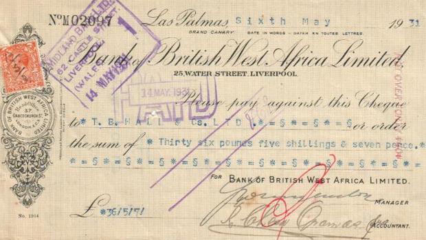Un cheque en inglés de la sucursal en Las Palmas del British West Africa
